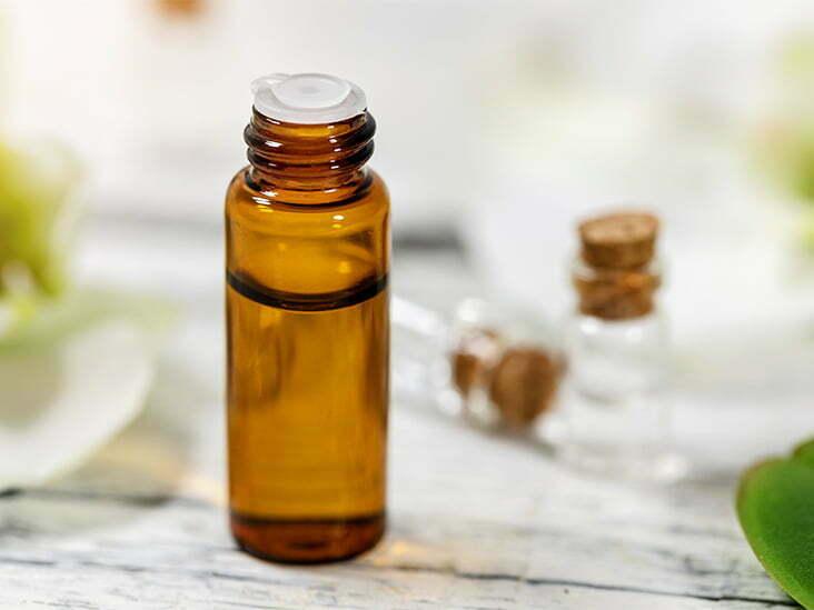 https://www.sudsandscents.com/wp-content/uploads/2021/02/Essential_Oil_Bottle_732x549-thumbnail.jpg