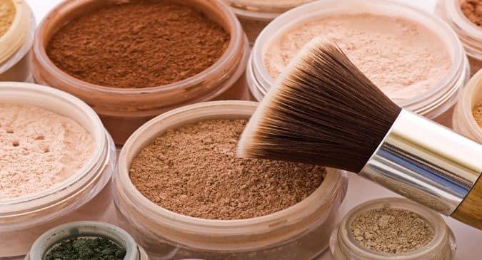 https://www.sudsandscents.com/wp-content/uploads/2021/02/Mineral-Makeup.jpg
